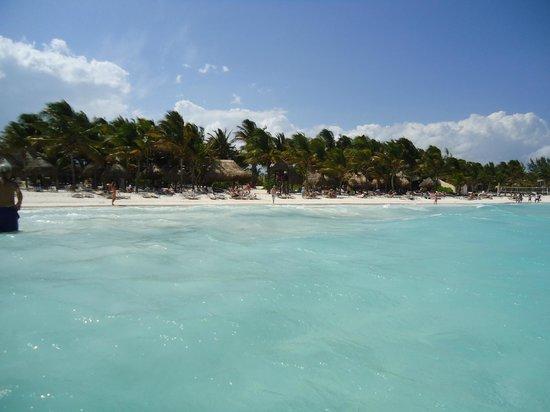 Catalonia Royal Tulum : Resort beach view from the ocean