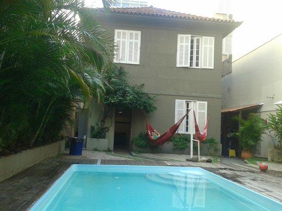 Beach House Ipanema: Piscina