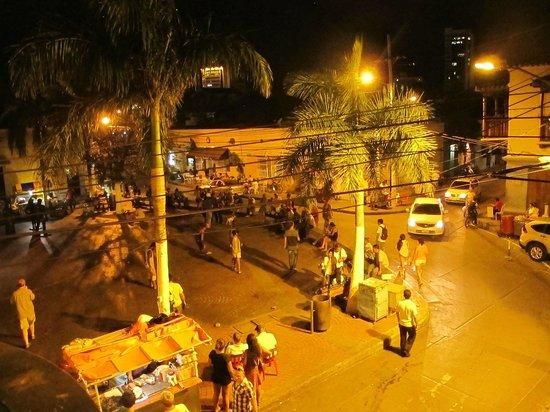Iglesia de la Trinidad : On a Thursday night.