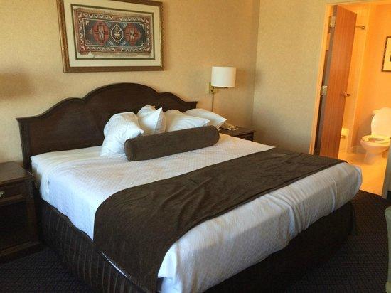 Wyndham San Antonio Riverwalk: Bed