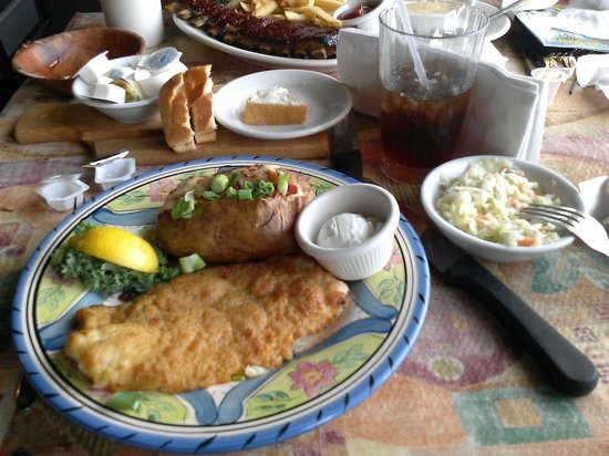 Sandy Hook Fish and Rib House: Puttin on the Ritz meal
