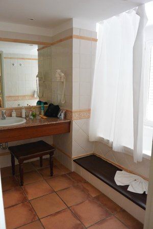 Royalton Hicacos Varadero Resort & Spa: Bathroom
