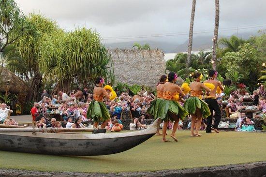 Old Lahaina Luau: Delightful!