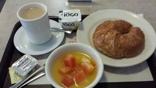Le Roberval: Café da manhã