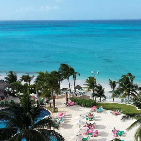 Grand Fiesta Americana Coral Beach Cancun: View from the 6th floor