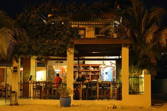 At Sea: widok na restaurację i moje miejsce