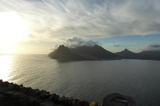 4 Cape Town Day Tours : View of Hout Bay Harbour from Chapmans Peak Dr. on Tour with Sean Casey.