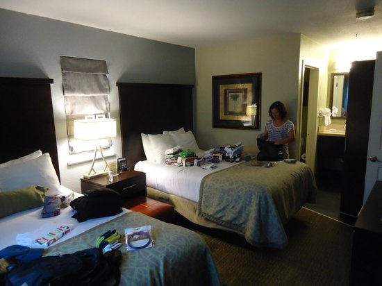 Staybridge Suites Lake Buena Vista: Segundo quarto com 2 camas de casal