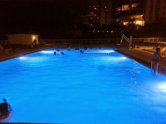Ramada Plaza Marco Polo Beach Resort : piscina