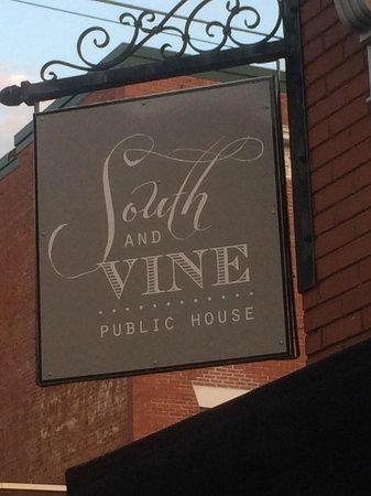 South & Vine Public House: Great place to visit!
