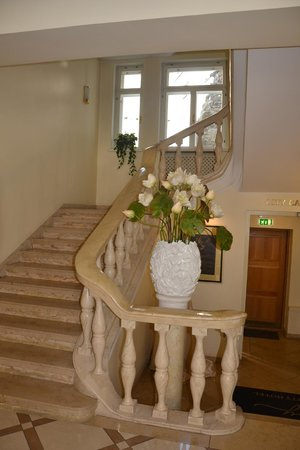 My City Hotel Tallinn: The marble stairs