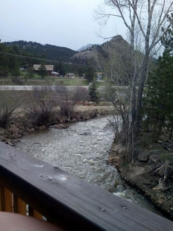 Murphy's River Lodge : Balcony view from room 204