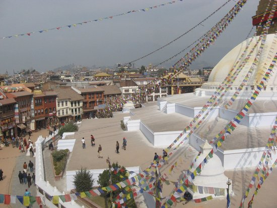 Estupa budista de Boudhanath: View of the stupa from a cafe