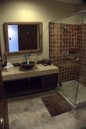 Sala Arun : Bathroom