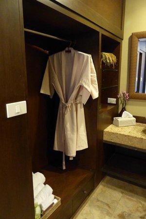 Sala Arun: Bathroom amenities