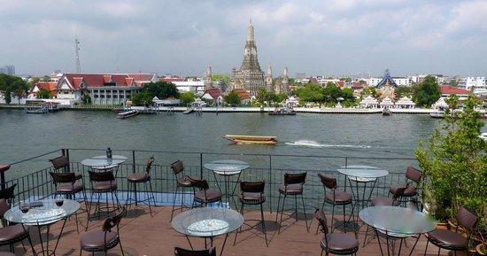 Sala Arun : Views of the river and Wat Arun