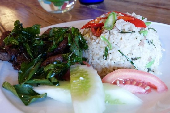 Sala Arun : Nice Thai food served at the hotel restaurant