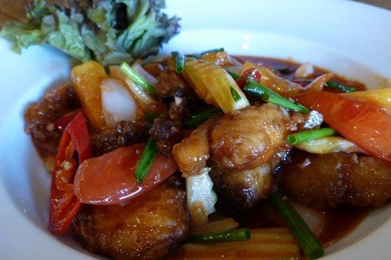 Sala Arun: Nice dishes served at Bitter Deck restaurant
