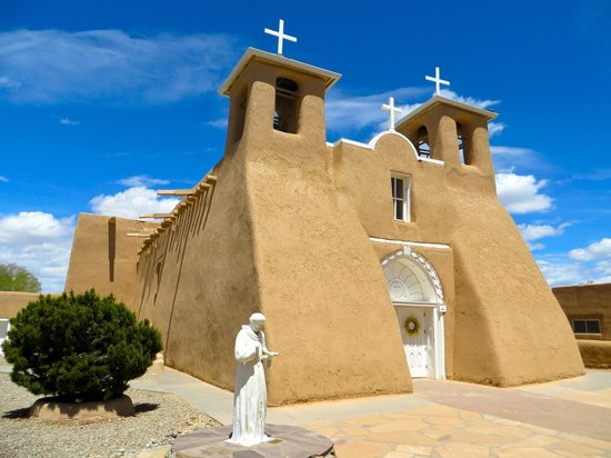 San Francisco de Assisi Mission Church : Church