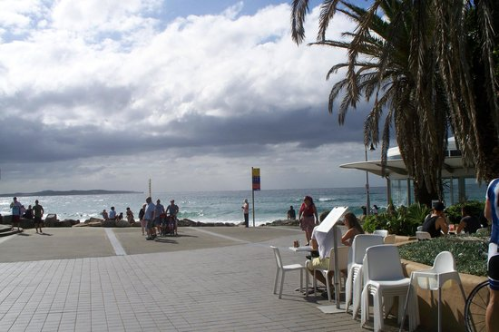 Cronulla Beach Walk: A great view to Cronulla beach