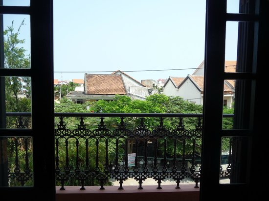 Van Loi Hotel: View from room
