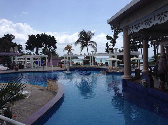 Hotel Riu Palace Tropical Bay: Pool