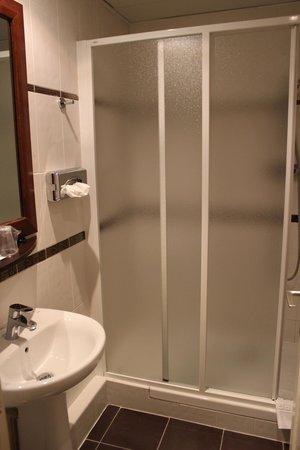 Hotel Palym: Banheiro