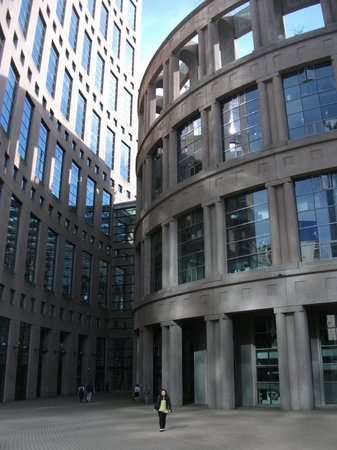 Vancouver Public Library (Central Library Branch) : Library on the right