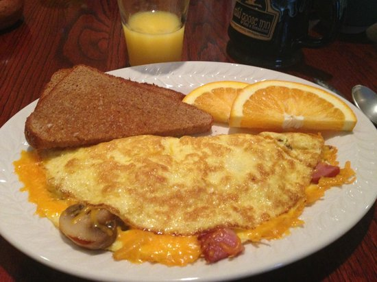 Wild Goose Inn Bed & Breakfast: The omelet breakfast, delicious!
