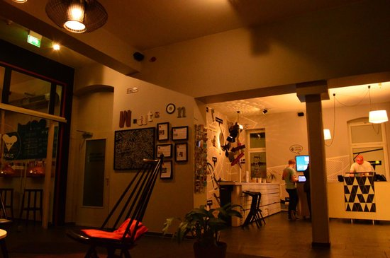 The Circus Hostel : sala de estar