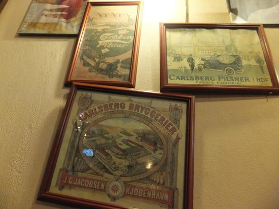 toscani: Framed pictures as wall decor