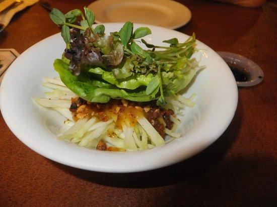 toscani: Mango Salad in Peanut Sauce