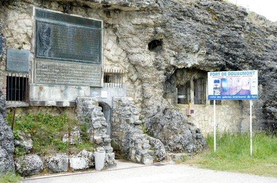 Fort Douaumont : Entrance to Douaumont