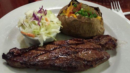 Tony Roma's Tumon: New York steak