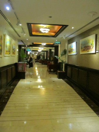 Arabian Courtyard Hotel & Spa : ground floor