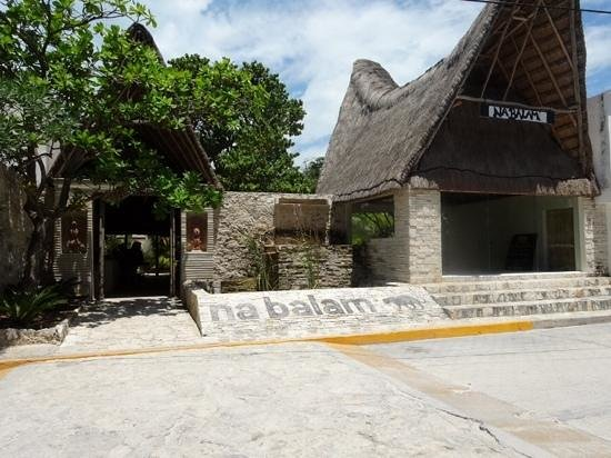 Na Balam Beach Hotel: Main entrance
