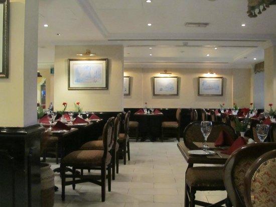 Arabian Courtyard Hotel & Spa: Bastakiya - the main restaurant