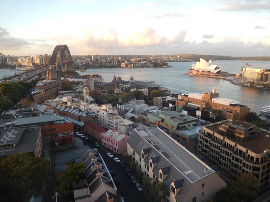 Shangri-La Hotel Sydney: View of the Harbour