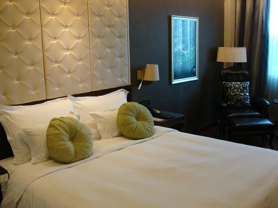 Mövenpick Hotel Hanoi: chambre