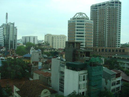 Moevenpick Hotel Hanoi: vue de la chambre
