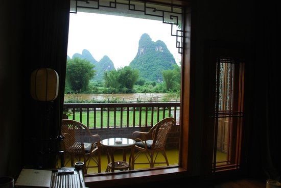 Yangshuo Mountain Retreat: Riverview