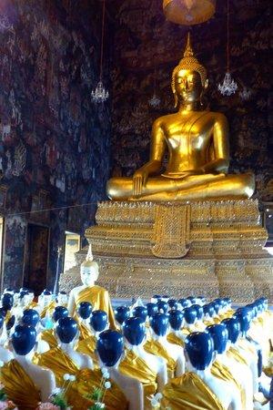 800 Year old budda image at Wat Suthat