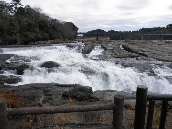 Minshuku Seseragi : 大口曾木の滝