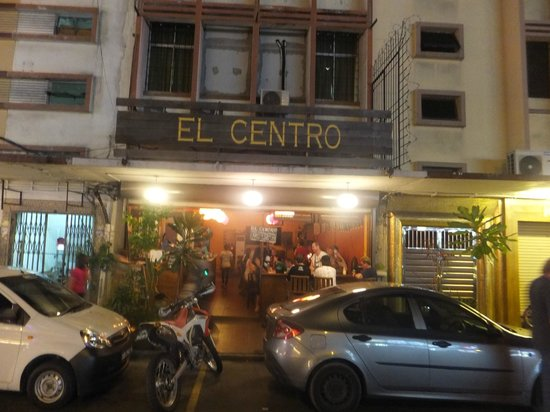 El Centro: Sign board of the outlet
