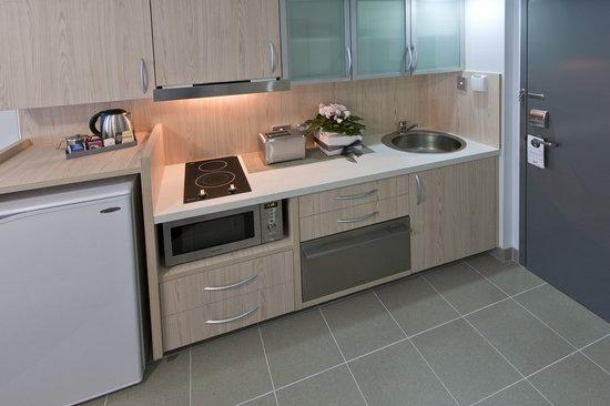 Jephson Hotel : 2 bedroom kitchenette