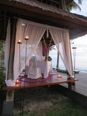 Qunci Villas Hotel: Romantic dinner