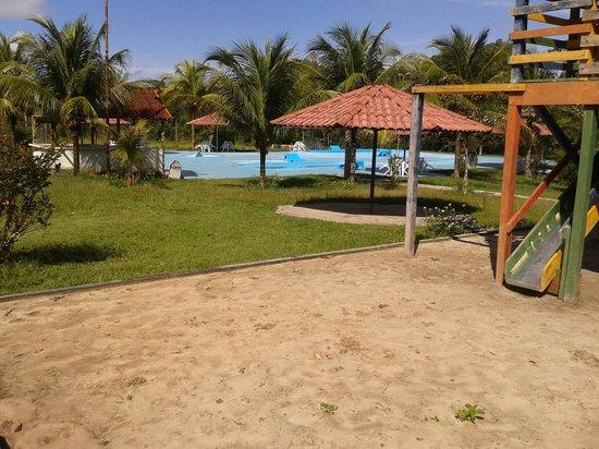Hotel Iracema Falls: Área da piscina