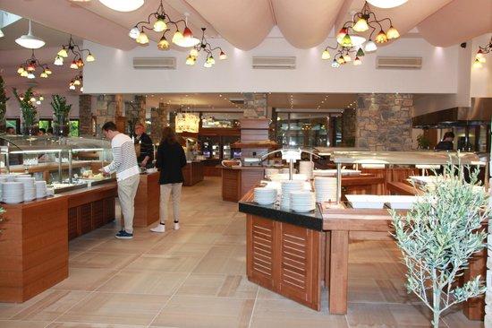 Anthemus Sea Beach Hotel & Spa: Ресторан