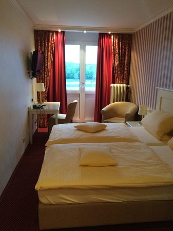 Rheinhotel Loreley: Zimmer 2. Stock NR