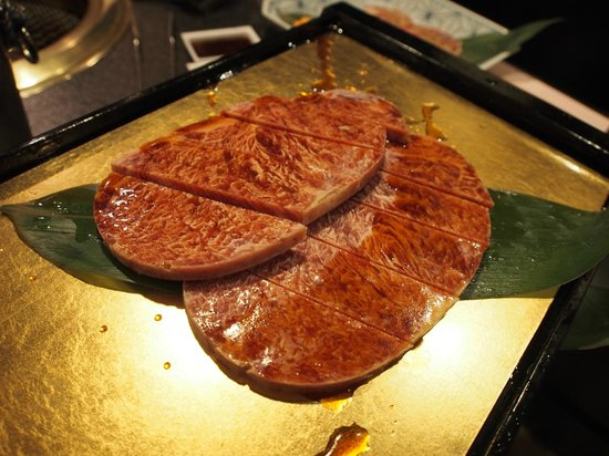 Rokkasen: ตัวอย่างชุดเนื้อ